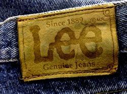 http://www.pewex.pl/kategoria/99-ubrania/filtr-kategoria+Spodnie_jeans.html